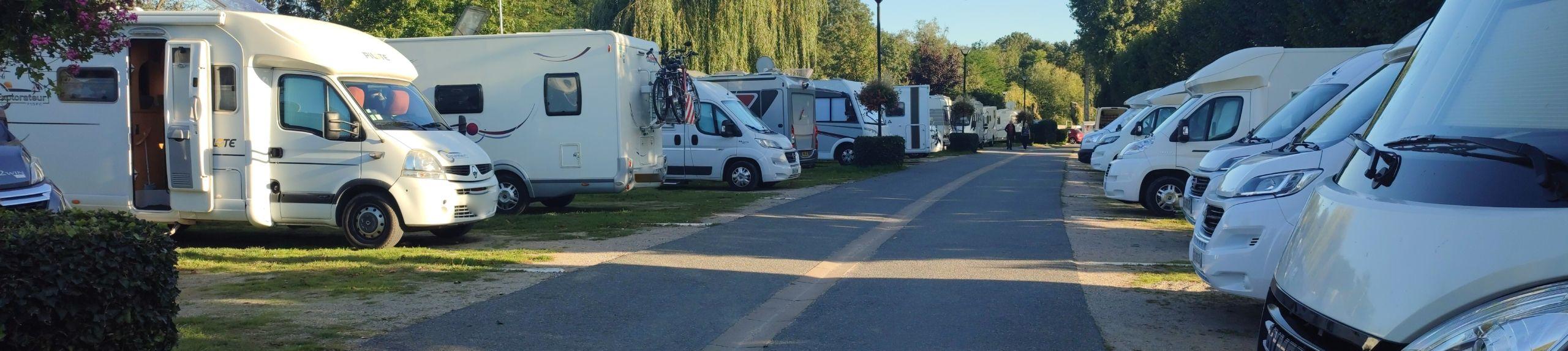 Aire d'accueil et de service camping-car